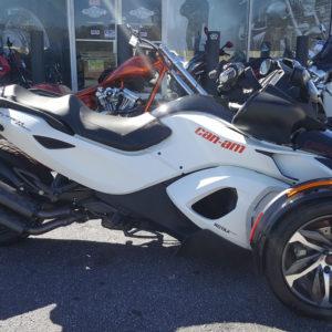 2014 Can-Am Spyder RSS SE5 Roadster