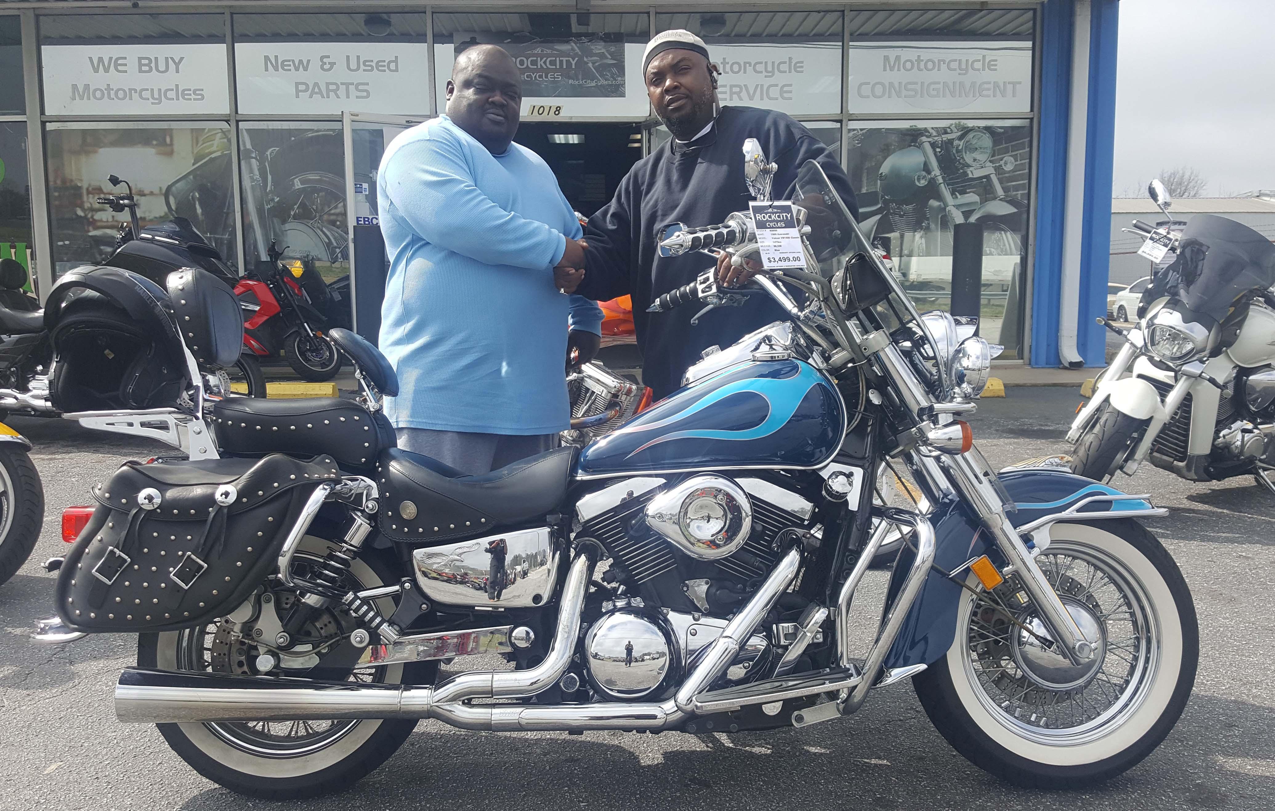 Lonnie A. with his 1999 Kawasaki Vulcan Classic VN1500