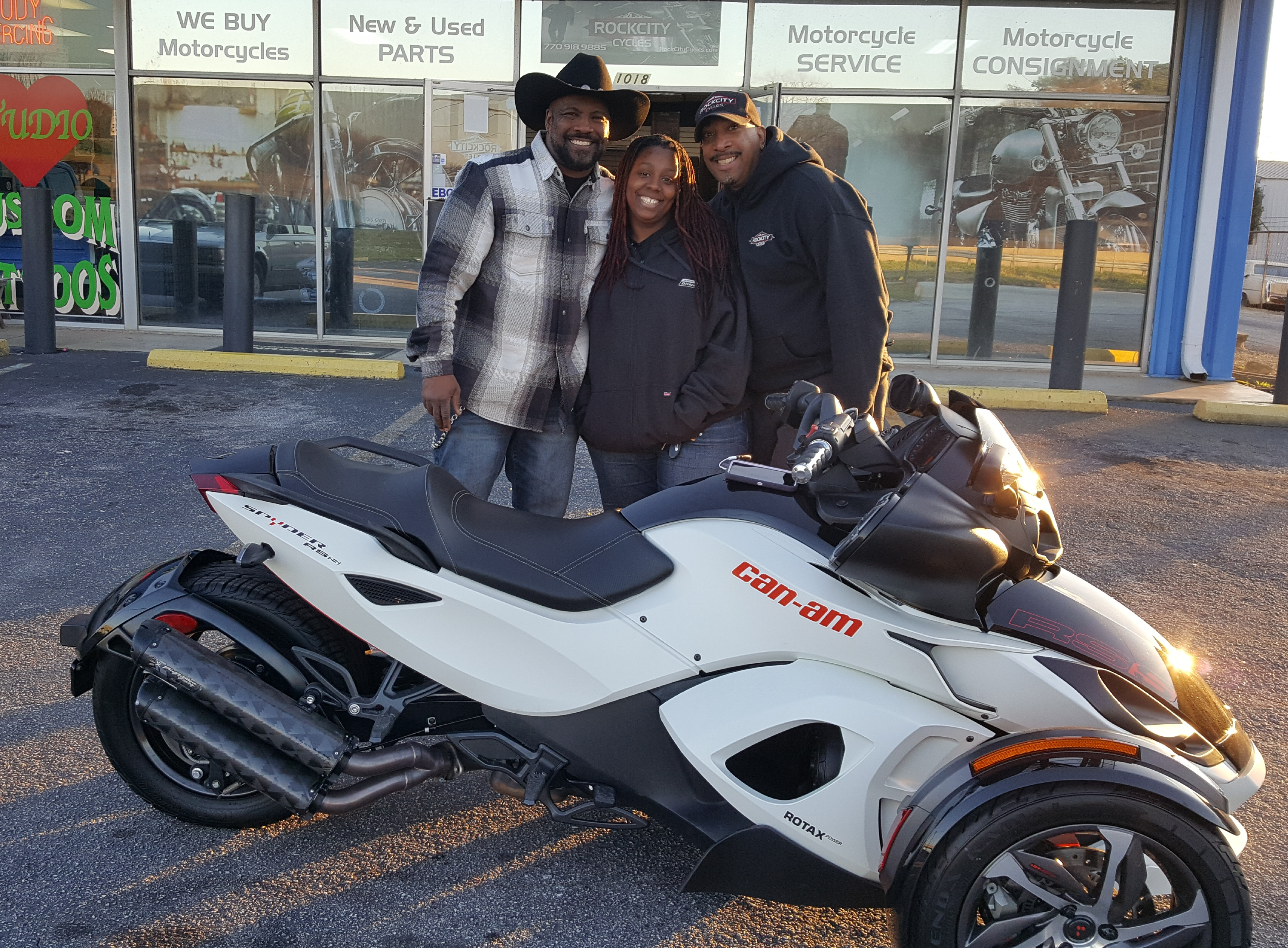 Vanity O. with her 2014 Can-Am Spyder RS-S SM5