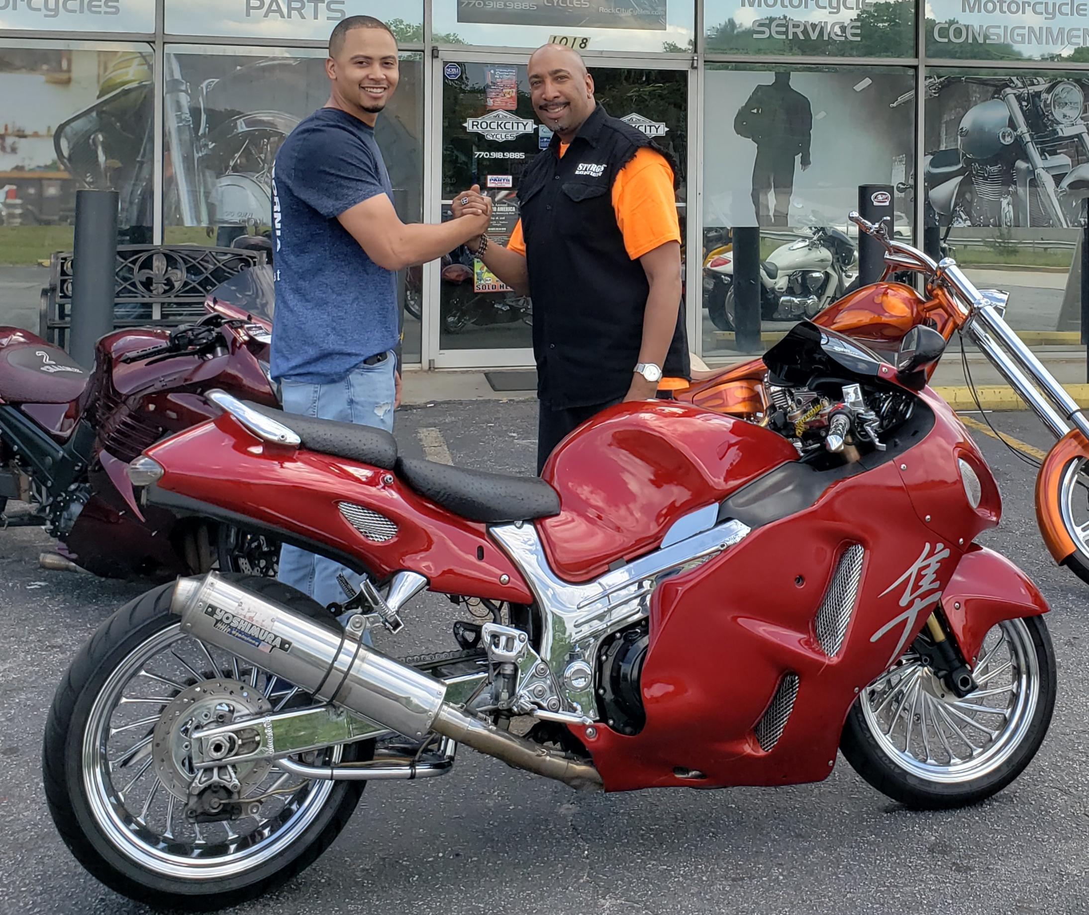 Bobby H. with his 2001 Suzuki Hayabusa GSX-R1300