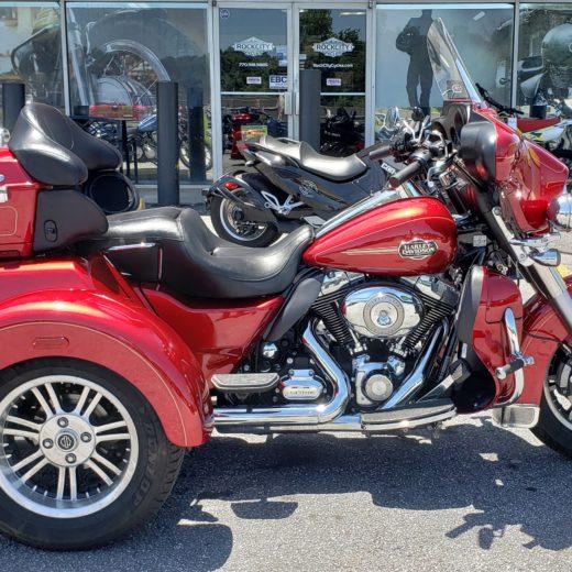2013 Harley-Davidson FLHTCUTG Tri Glide UL CLSC